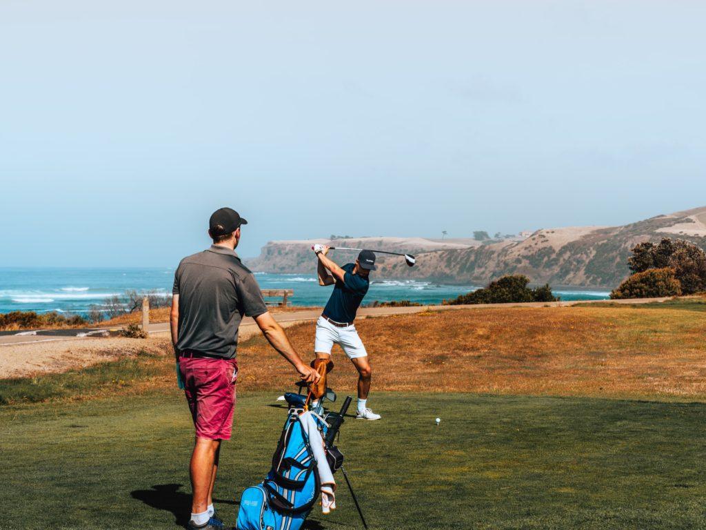 mens-golfer